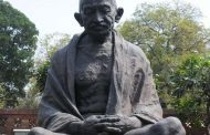 Vandalism in California with Mahatma Gandhi's statue, India raised strong objections; Investigation ongoing
