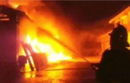 1 killed in a cosmetic factory fire in Delhi